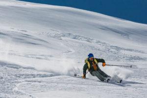 catski macedonië freeride tourski splitboard ski snowboard winter winteravontuur poeder sneeuw groepsreis individuele reis solo avontuur avontuurlijke shar popova shapka scardus skopje  balkan