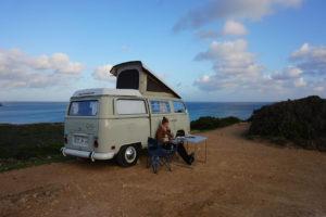 groepsreizen groepsreis individuele reizen solo portugal algarve volkswagen VW campervan T2 T6 roadtrip surf zon zee strand