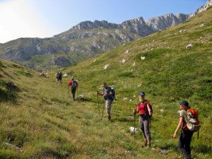 Klimmen kajakken Mountainbike E-bike Shar paardrijden hiken wandelen avontuurlijke reizen zomer  groepsreizen individuele reizen solo avontuur